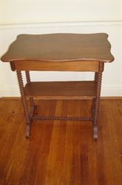 Victorian spool turned leg table.