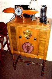1930's radio, custom clock, lamp & etc.