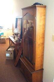Side view gun cabinet.