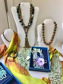 Necklace, Amazonite, Fresh water pearls, Chrysoprase, Prehnite, Unakite, Green jade
