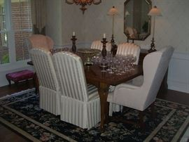 Drexel dining set, wool area rug, lamps and more.