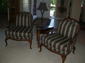 Stylish and quality in these  Pennsylvania House armchairs with accent table and lamp.