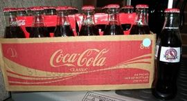 Coca Cola 6-packs celebrating the 2006 World Series win