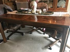 Hickory Furniture Company Table with extensions