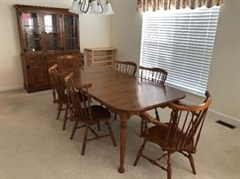Ethan Allen Furniture (2 leafs)