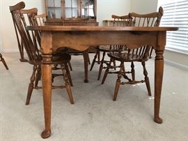 Ethan Allen Table and 6 Chairs