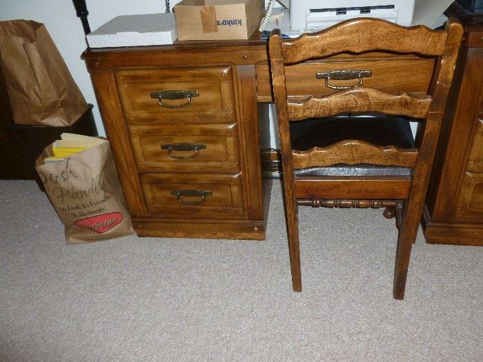 Matching desk & chair