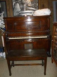 Beautiful WORKING Player Piano