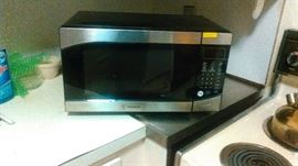 Westinghouse Microwave oven.