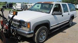 1995 Chevrolet 4x4 2500 Suburban Westin Snow Plow