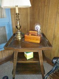 Antique tier table