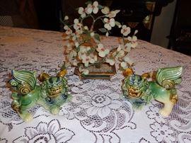 Jade Tree, Ming Dogs