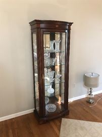 BEAUTIFUL DISPLAY CASE WITH BETTER GLASS