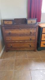antique dresser/washstand