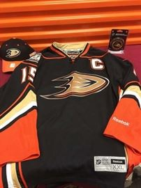 Ducks Getzlaf Jersey, hat and puck