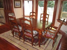 Century Dining room table and chairs