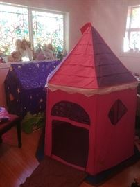 Kid's castle playset and Winnie the Pooh play tent