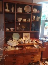 40s maple buffet/hutch, lots of mid-century pottery/tableware (Franciscan, Metlox, Georges Briard, etc.)