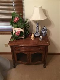 Thomasville nightstand