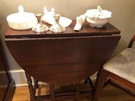 Drop leaf table.  Fenton items.
