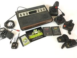 Vintage Video Games, including Atari, Console      http://www.ctonlineauctions.com/detail.asp?id=738878