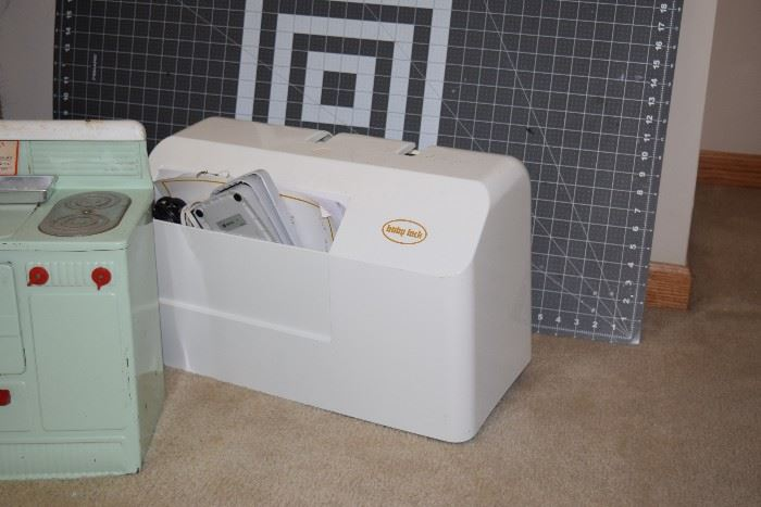 Baby Lock Sewing & Embroidery Machine