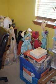 Vintage Dolls & Seasonal