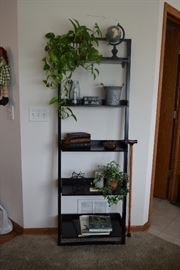 Shelf unit and decor