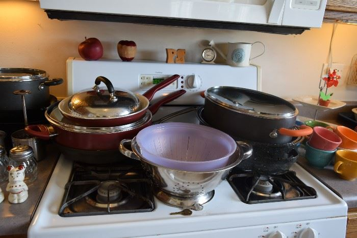 Pots and pans, kitchen items