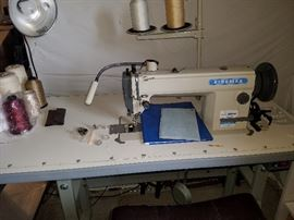 Kingmax industrial sewing machine complete with table