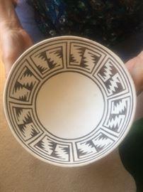 Native American Zuni Southwest Pottery
