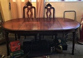 michelle dining room table
