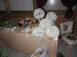 wedding stuff, table centerpieces, ribbons