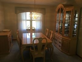 Lexington Dining Room Table with 2 Leaves, 6 chairs, China Cabinet & Serving Cabinet