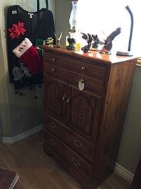 Eagle collection, chest with doors & drawers