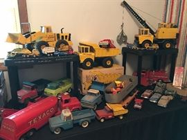 Tonka and other vintage trucks