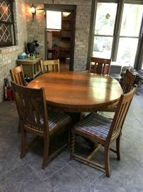 #1	Wood Pedistal Barley Twist Oblong Table w/6 chairs   48-60x48x30	 $275.00