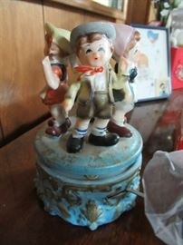 figurines, music boxes