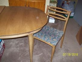 "Dining Table & 6 Chairs       72"" x 42"" plus 3 -12"" Leaves    (includes table pads)"