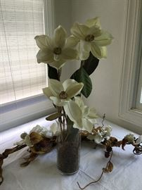 Magnolia Swag & Vase with Artificial Flowers      https://ctbids.com/#!/description/share/32341