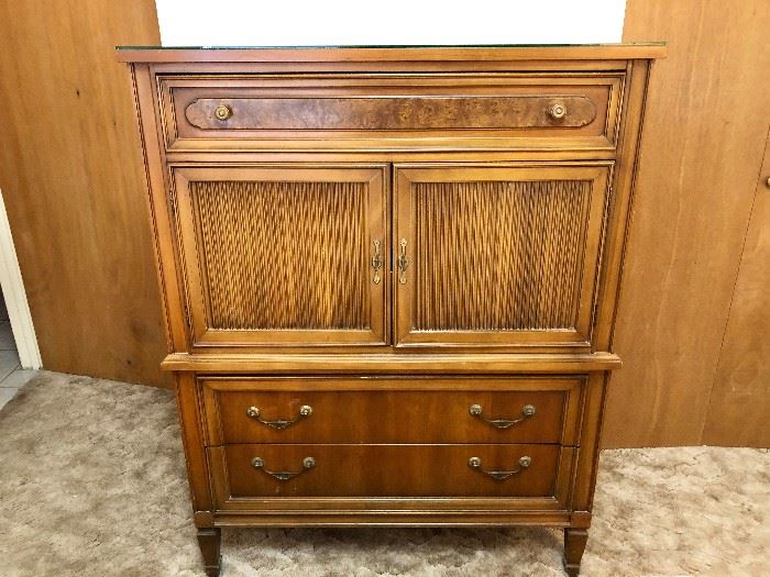 TALL CHEST OF DRAWERS WITH 3 DRAWERS & CABINET