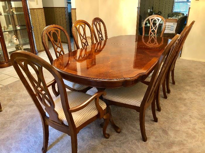 9 PIECE FORMAL DINING TABLE & CHAIRS