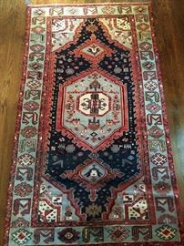 "LOVE this vintage hand woven Persian Viss Heriz rug, 100% wool face, measures 4' 3"" x 7' 3""."