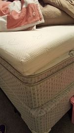 Like new queen, pillowtop mattress set & foam top