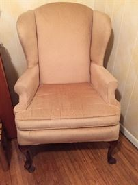 Tan colored Chair - excellent condition