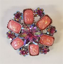 Sterling Round Broach With Pink Stones.