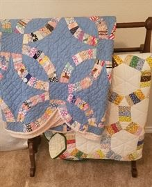 Vintage & Antique Quilts