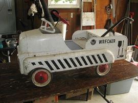 AMF wrecker pedal car