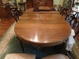 Mahogany  table  and  other  mahogany  chairs