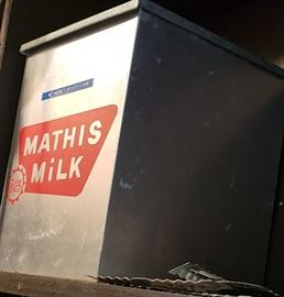mathis milk delivery tin